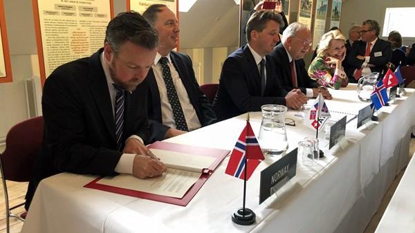 Das Abkommen wurde von den vier EFTA-Ministern und dem türkischen Wirtschaftsminister Nihat Zeybekci unterzeichnet.©Trond Viken, NFD