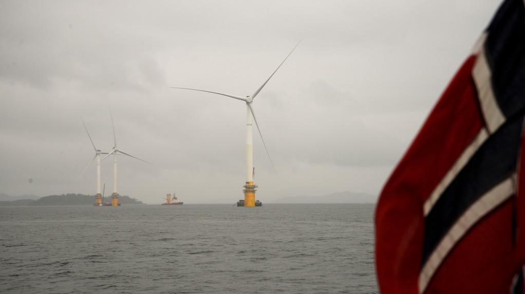 Vor Schottland eröffnete das Energieuternehmen Hywind 2017 den ersten schwimenden Windpark.©statoil