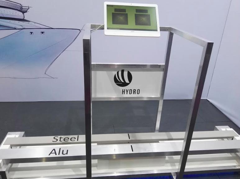 Bei Hydro konnte man testen: Welcher Werkstoff ist leichter?©BPN