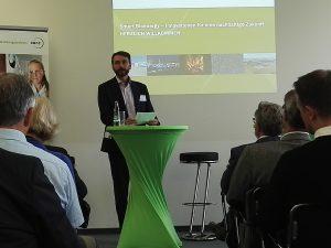 Tobias, Wirtschaftsrat der norwegischen Botschaft, erläuterte die Klimaziele Norwegens@BPN