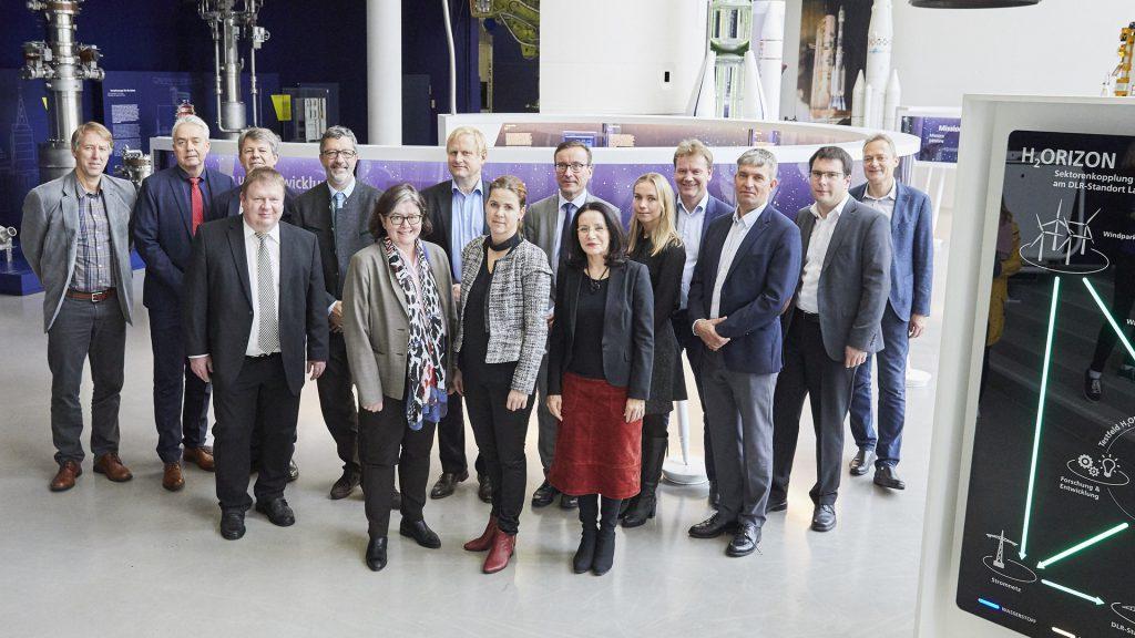 Anlässlich der bestehenden Partnerschaft zwischen dem Land Baden-Württemberg und des norwegischen Verwaltungsbezirks Akershus besuchte deren Regierungspräsidentin das DLR in Lampoldshausen.©DLR