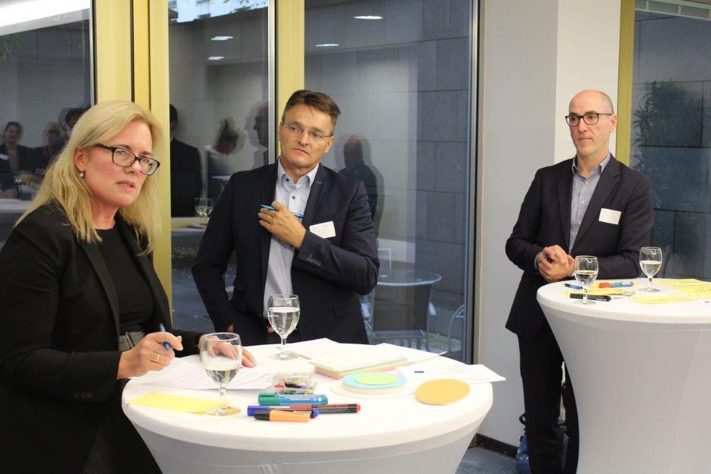 v.l.n.r.: Expertenrunde mit Janicke Giæver, RCN; Ralf Ludwig, Ludwig-Maximilians-Universität München; Thomas Ammerl, BayFOR©BayFOR