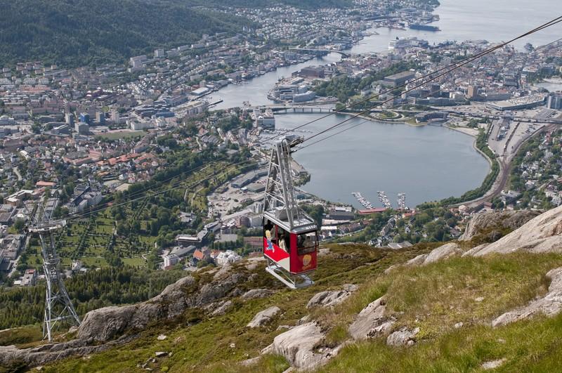 Wie der Stadtrat in seiner jüngsten Sitzung beschlossen hat, sollen knftig nur noch drei Schiffe gleichzeitig im Hafen anlegen dürfen.©CH-Visitnorway.com