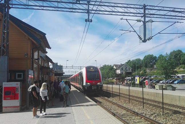 Der Personenverkehr steht beim Ausbau des Schienennetzes an erster Stelle. Die meisten Mittel sollen weiterhin in das Passagierprojekt InterCity fließen.©BPN