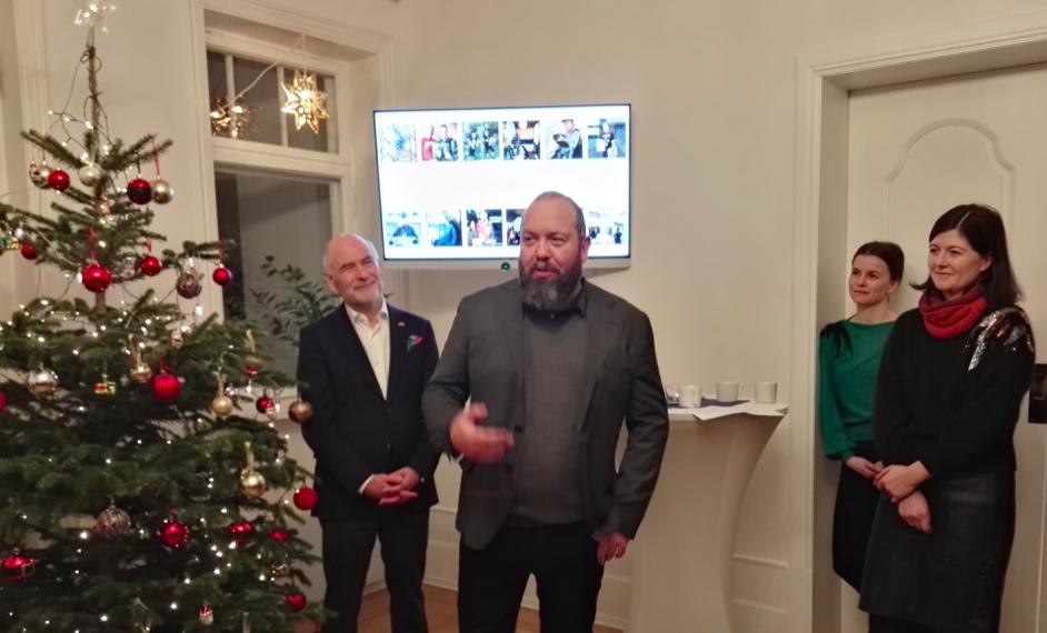 Even Skyrud, Katrin Schauer und Norbert Pestka zur Weihnachtsfeier der Deutsch-Norwegischen AHK©BPN