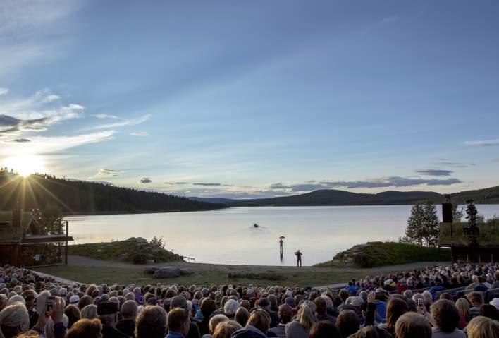 Das Festival gibt seinen Gästen einen guten Einblick in den norwegischen Geist. durch Natur, Kultur und Traditionen. Das diesjährige Peer-Gynt-Festival findet vom 2. bis 11. August 2019 statt. ©Visit Norway