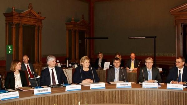 Ministerpräsident Erna Solberg und Minister für Klima und Umwelt, Ola Elvestuen, nahmen für Norwegen am nordischen Klimatreffen am 25. Januar 2019 in Helsinki teil.©Marita Isaksen Wangberg